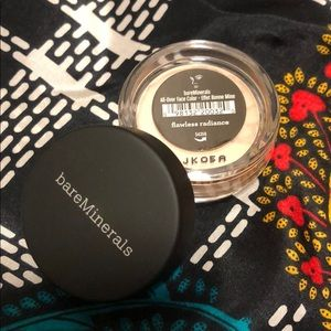 ❗️NEW❗️Bare Minerals Flawless Radiance